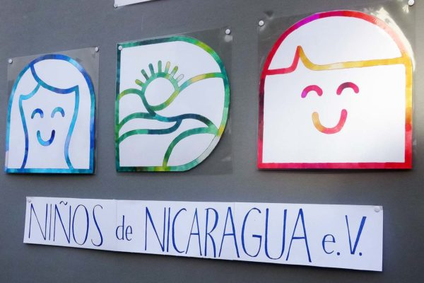 Künstlerische Umsetzung des NdN-Logos, gemalt von der Schülerin Ella Steinbacher